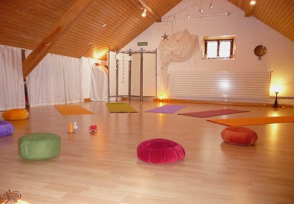 Kursraum für Yoga, Meditation, Musik